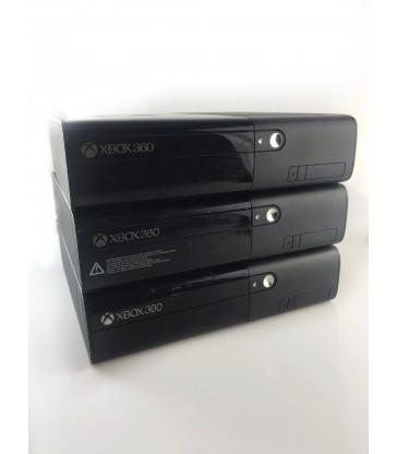 Xbox 360 + Pad+ Okablowanie / Alojzjanów